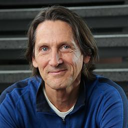 Stephen Curtis (Lecturer, MFA Design)